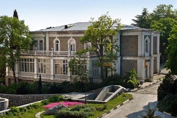 Кузнецовский дворец