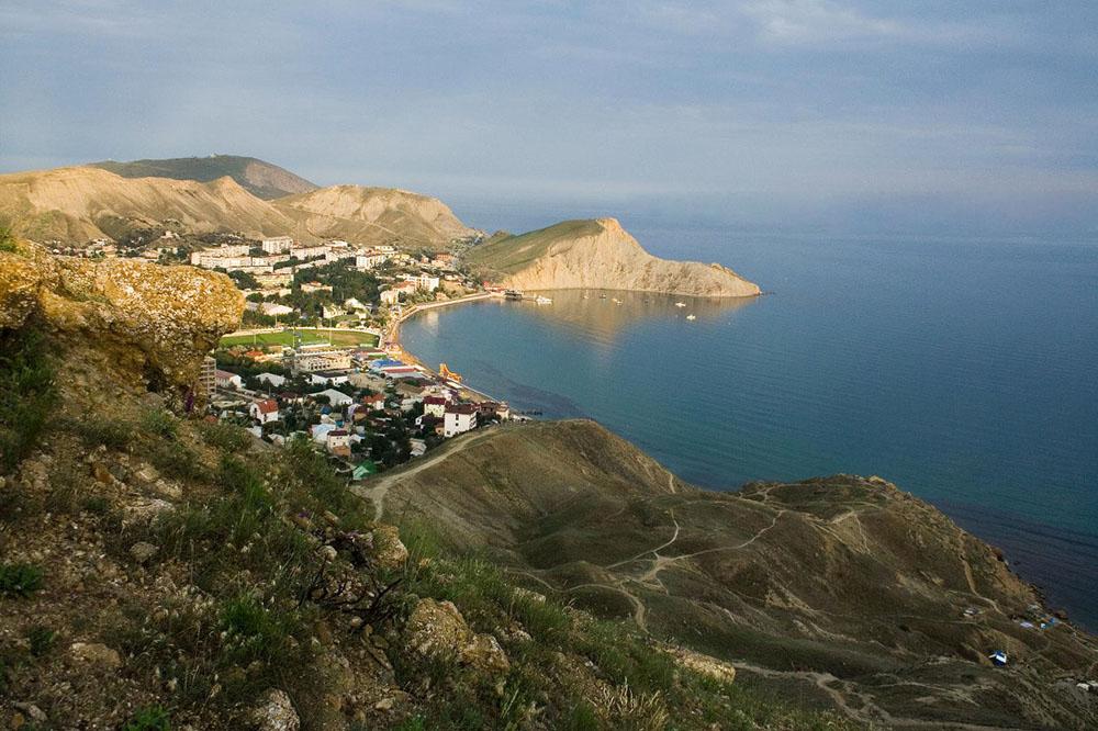 Пляжи бухты Провато Орджоникидзе