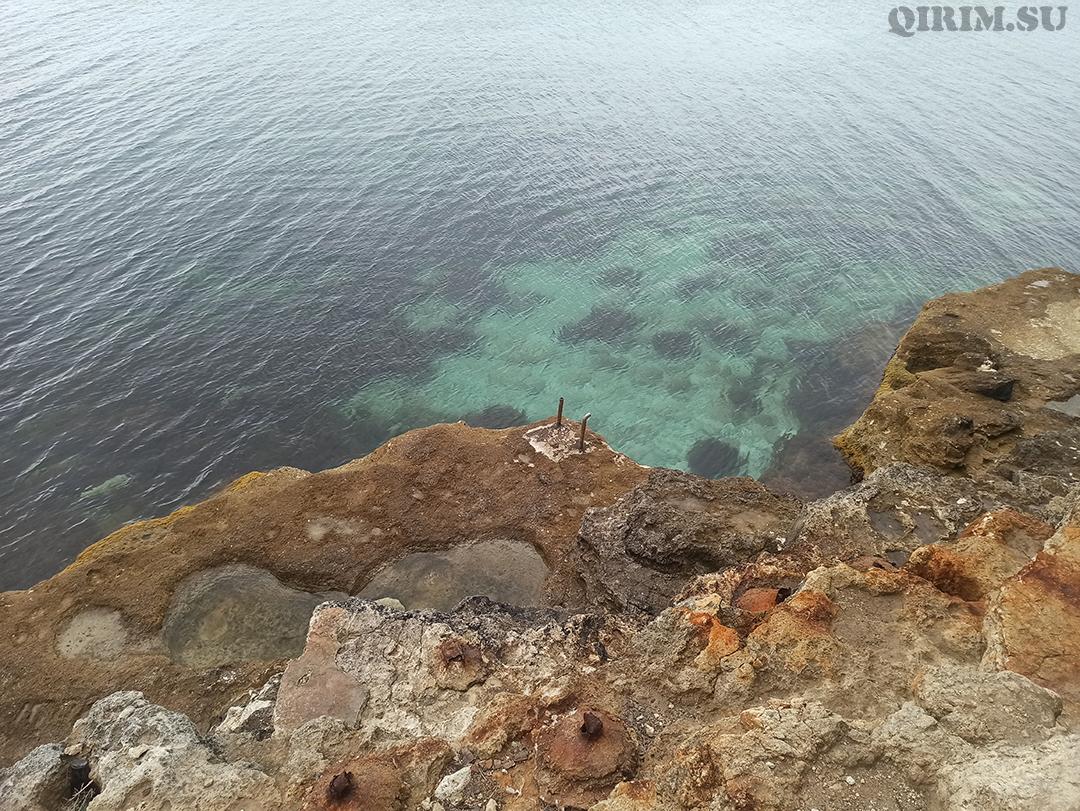 Спуск в море со стороны скал Межводное 5
