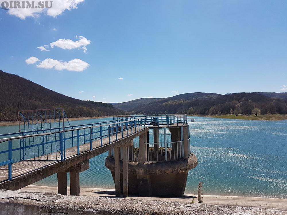 Балановское водохранилище на дамбе