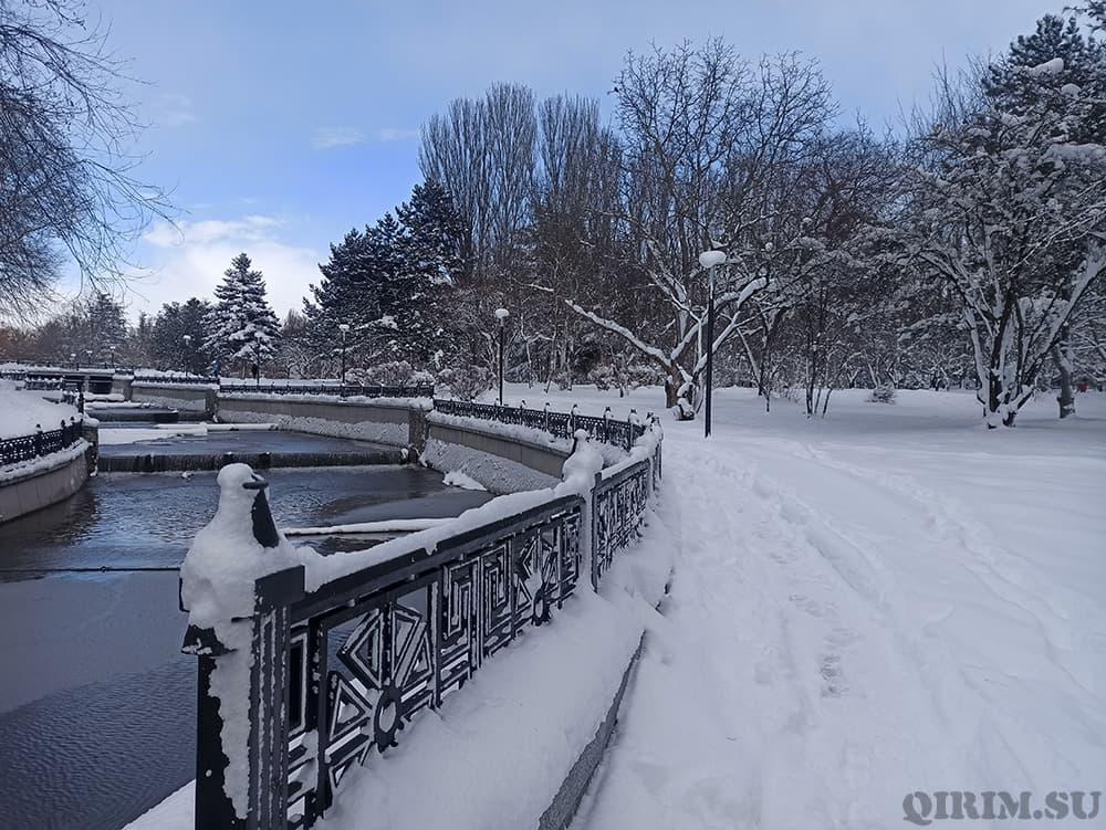 Гагаринский парк в Симферополе зима