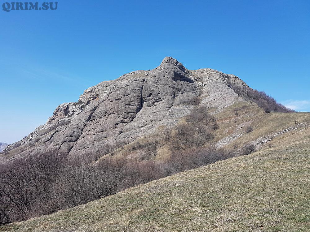 подножье горы Лысый Иван