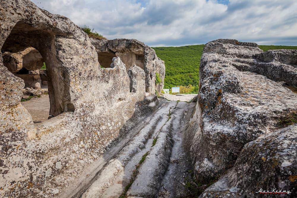 пещерный город в Крыму Эски-Кермен