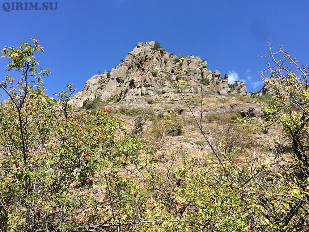 гора демерджи и долина привидений