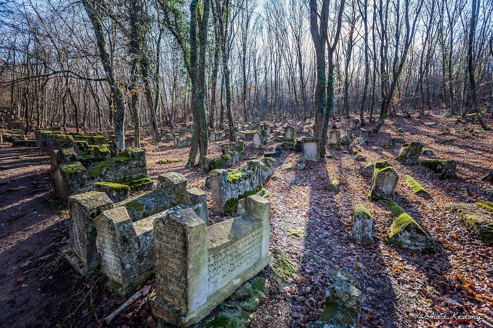 караимское кладбище Бахчисарай 4