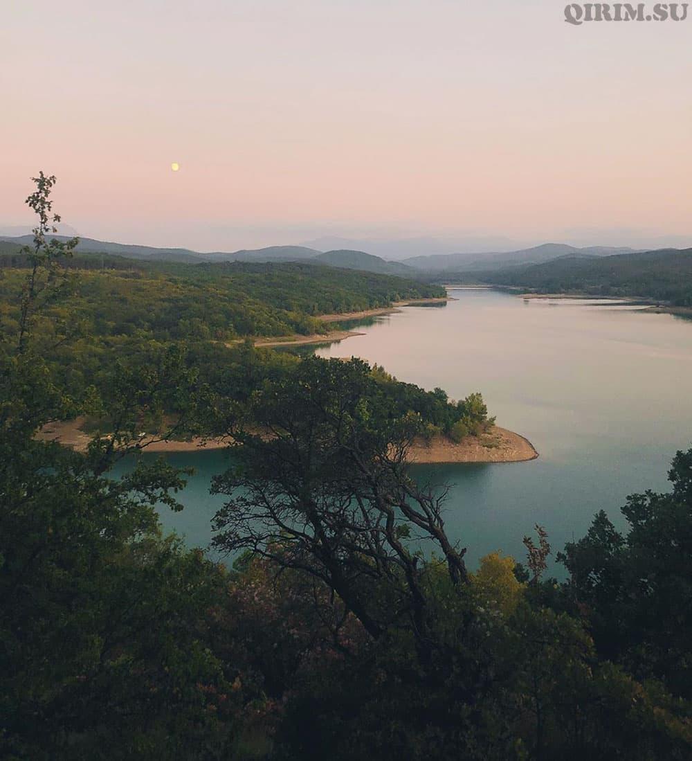 партизанское водохранилище Крым