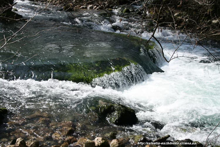 река Черная Байдарская долина