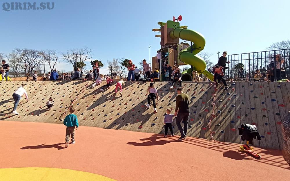 Парк Учкуевка скалодром для детей