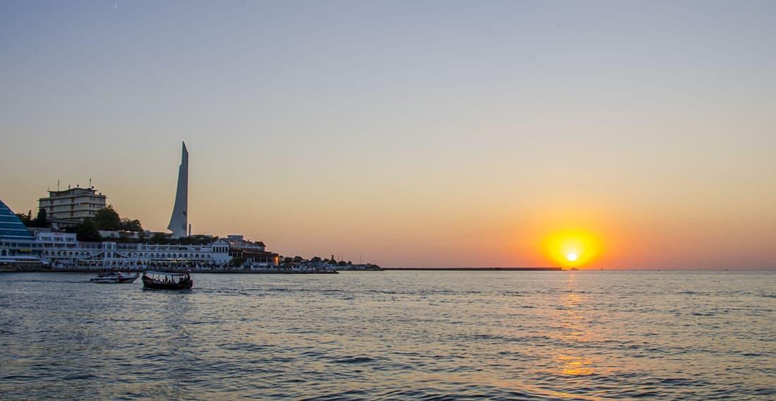 Севастопольская бухта закат