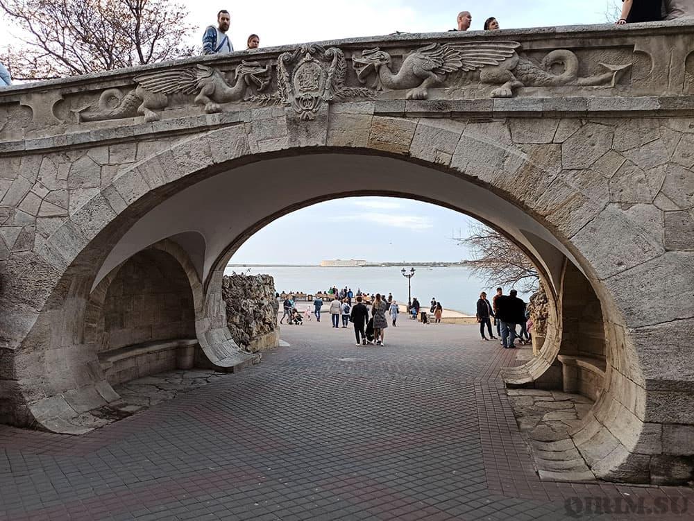 драконий мост в Севастополе