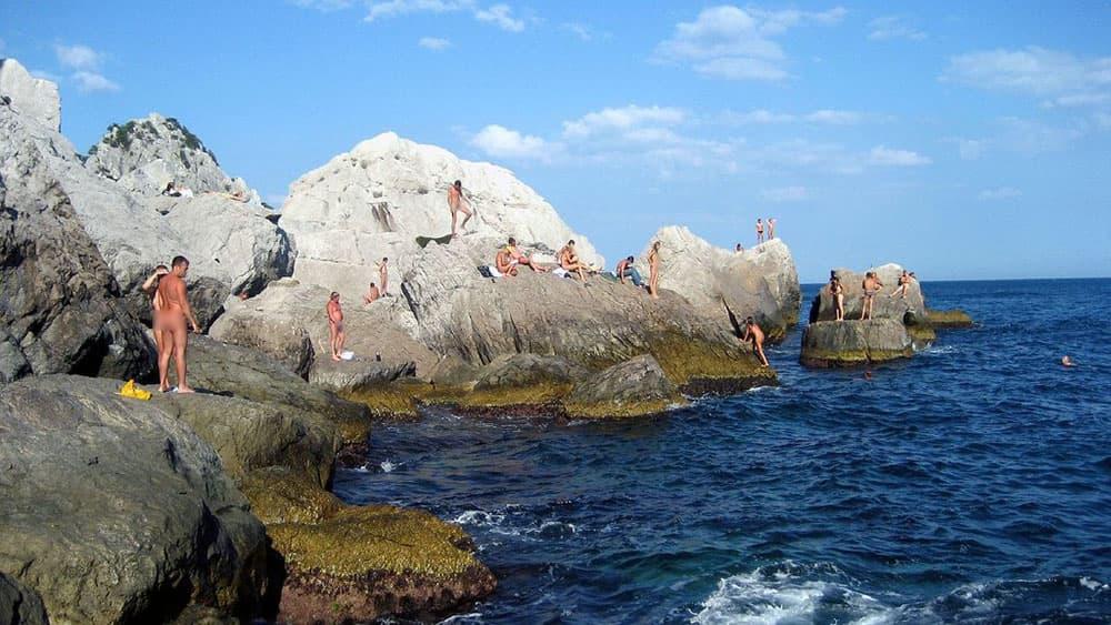 дикий пляж Симеиз