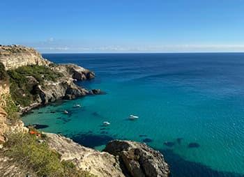 Мыс Фиолент – манящая красота Гераклийского полуострова