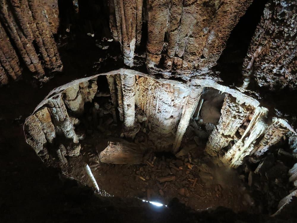 пещера Эмине-Баир-Хосар 8