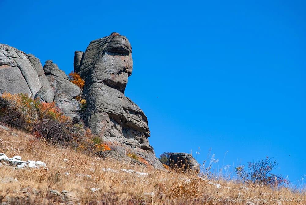 Двуликий-образ-Екатерины на Южной Демерджи