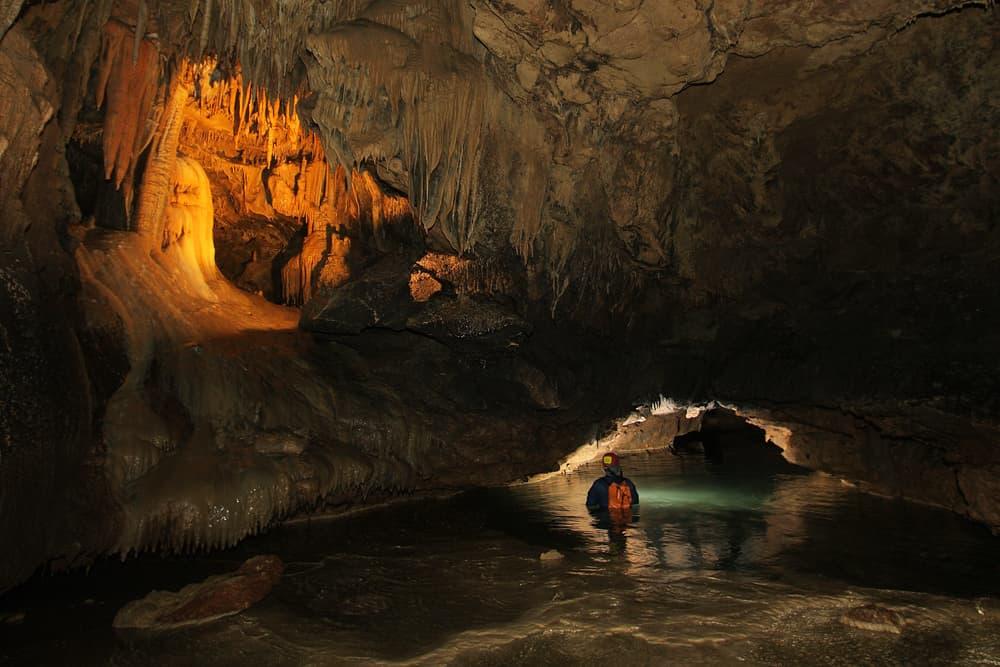 Красные пещеры Симферополь