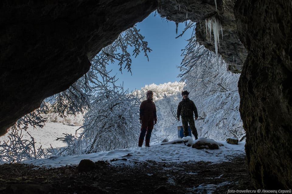 пещера тысячеголовая зимой