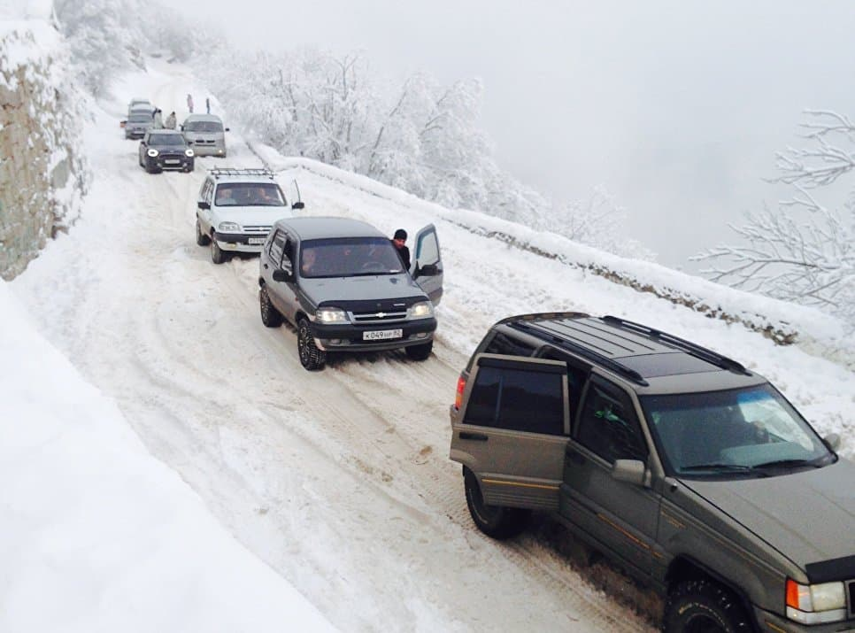 пробки в горах зимой
