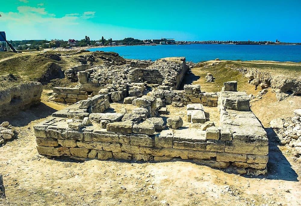 Черноморское древнее городище 2