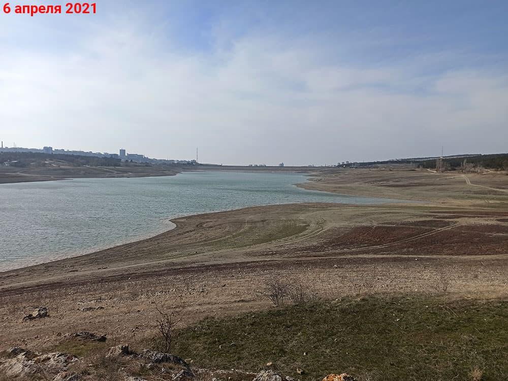 Симферопольское водохранилище вид на дамбу с острова 6 апреля
