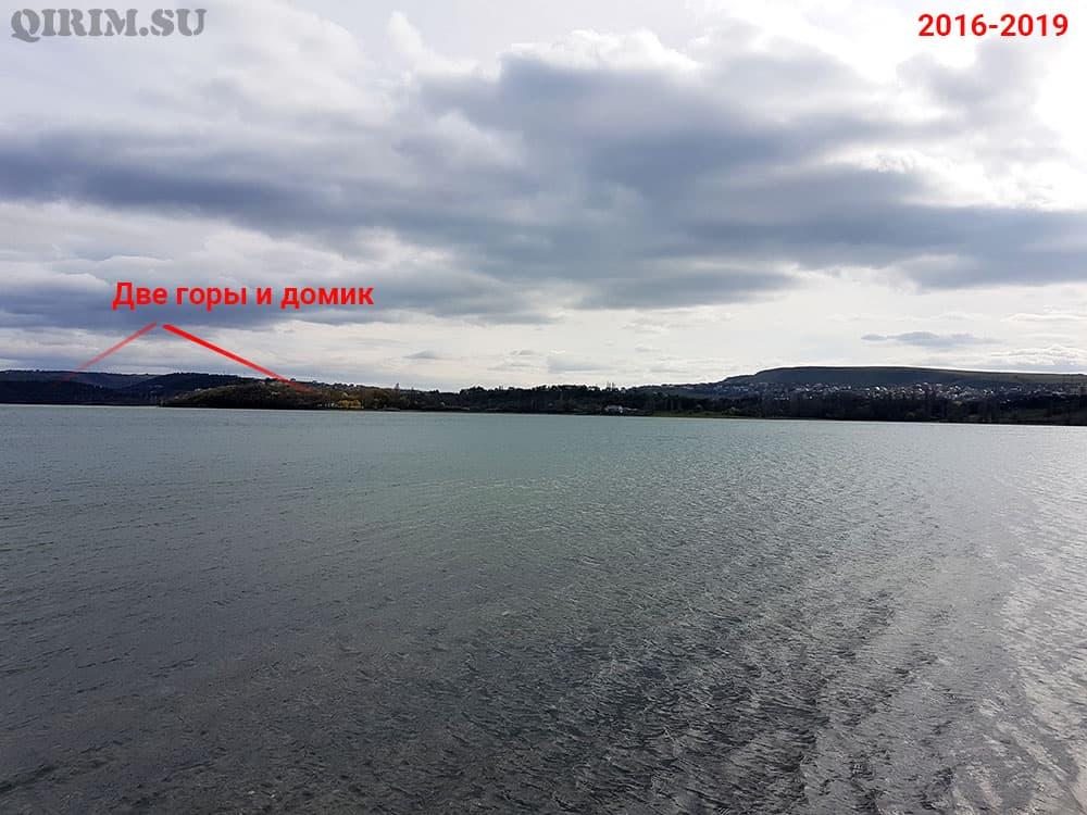 Симферопольское водохранилище вид на две горы 2016-2019
