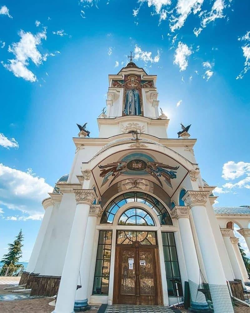 Храм маяк в Крыму