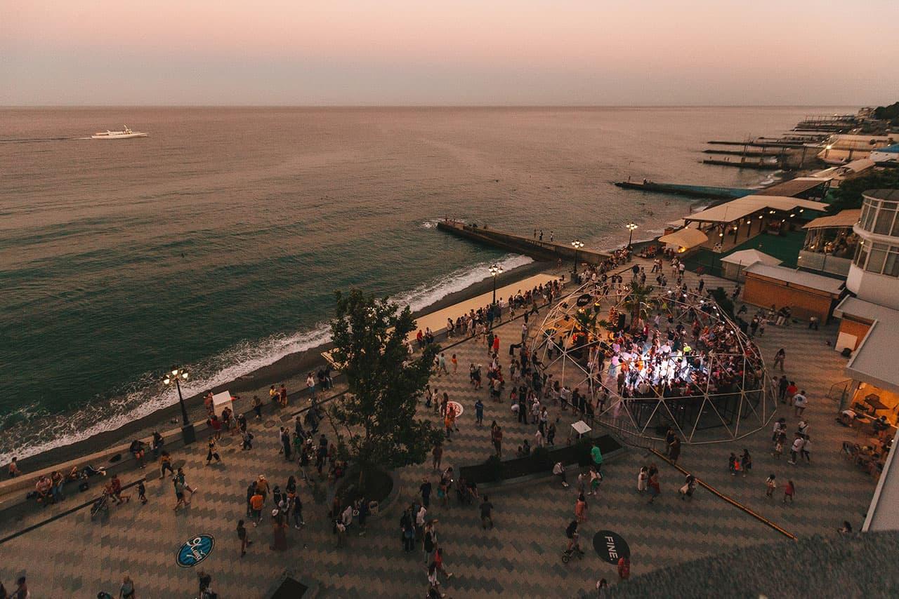 Yalta Summer Jam набережная Ялты