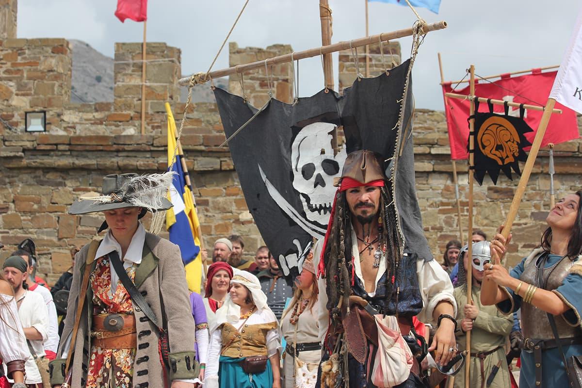 пираты Генуэзский шлем